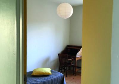 Une chambre côté cour